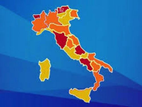 E DIRE CHE L'ITALIA ERA TRICOLORE